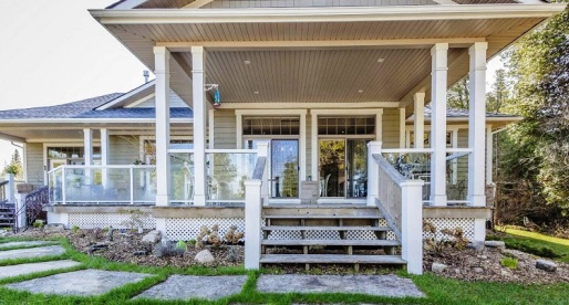 House of the Week: Dazzling Lakeside Estate in Northern Bruce Peninsula, ON