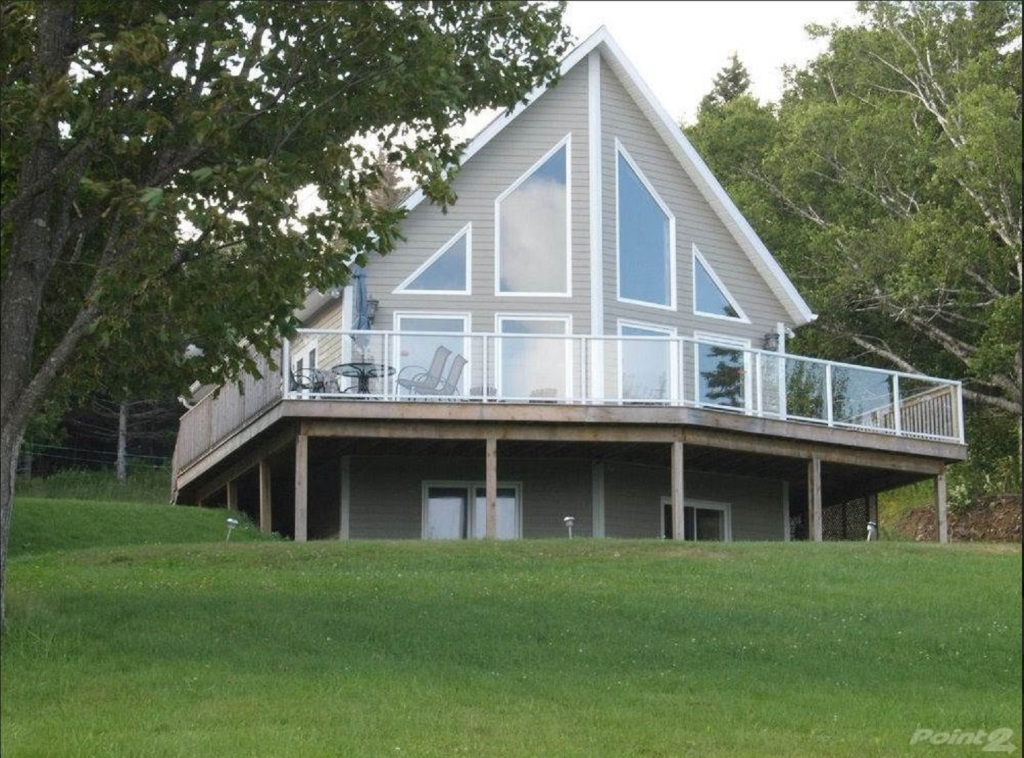 Americans Serious About Moving to Cape Breton, Canada. Local Real Estate Searches Jump by 3,450%
