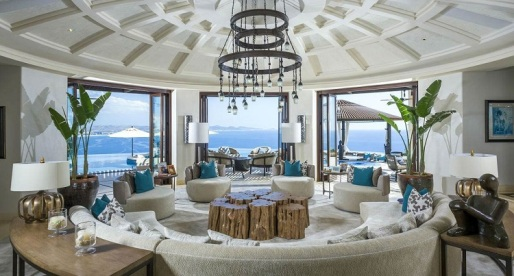 House of the Week: Oceanside Opulence in Palmilla, Mexico