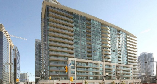 What You Can Rent in Toronto with a Swimming Pool