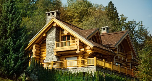 The Splendid and Sturdy Cabin Homes of Canada