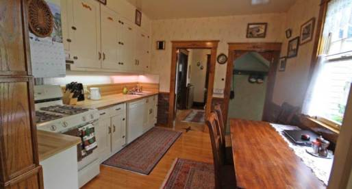 5 Edmonton Homes for Sale with Inviting Kitchens