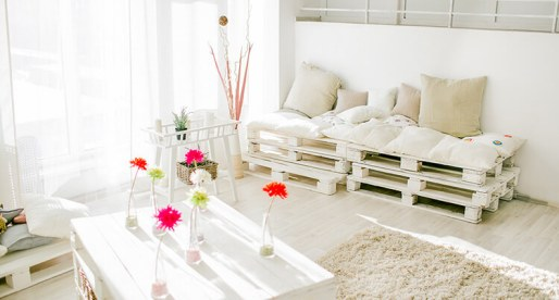 How to Use Shipping Pallets to Make Your Home More Beautiful
