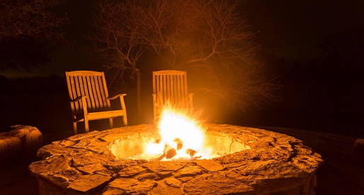 Make the Perfect Backyard Fire Pit for the Coziest Autumn Evenings