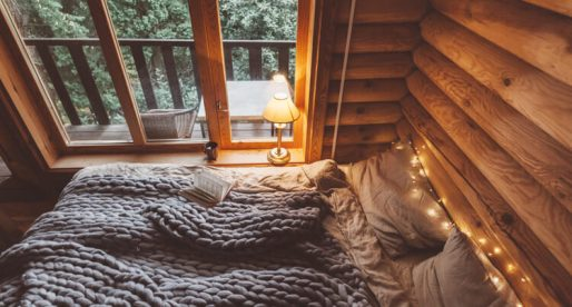 Living in a Tiny Home? Here are the Best Winter Decorating Ideas