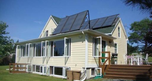 5 Great Canadian Properties for Sale with Solar Panels