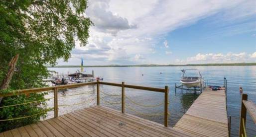 3 Exceptional Canadian Homes with Awesome Boating Facilities