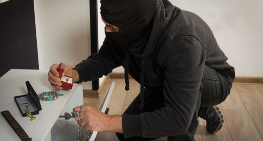 Trying to Deter Burglars? Here Are the 9 Best Tips