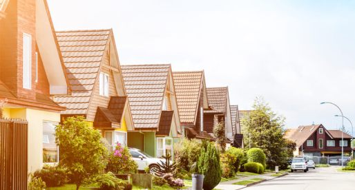 Buying a Home in a Hot Market Amid Coronavirus: 4 Tips