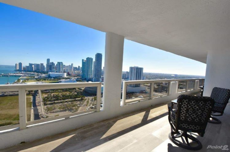 Downtown Miami Condo 22